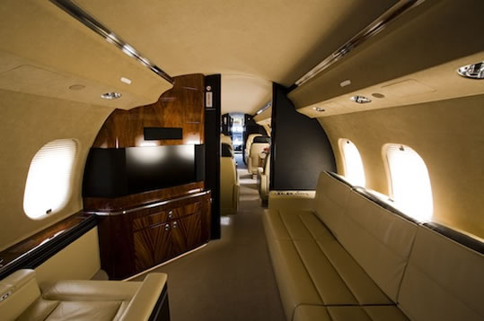 Aviation marketing services corporate jets aphrodite for Gulfstream v bedroom